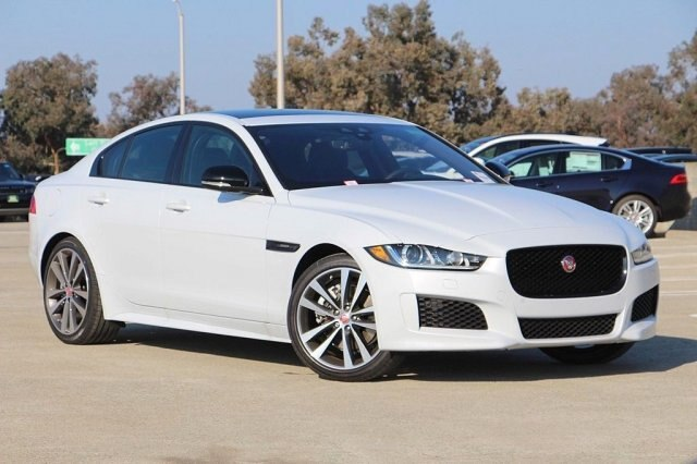 New 2019 Jaguar XE 25t Landmark RWD Sedan