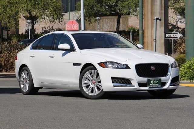 New 2017 Jaguar XF 35t Premium